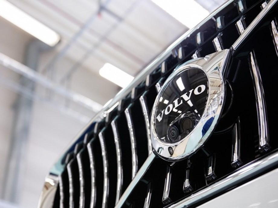 Infosys to deliver digital transformation services for Volvo cars