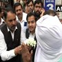 Delhi: Saket court opens doors amid protests; lawyers greet people with flowers