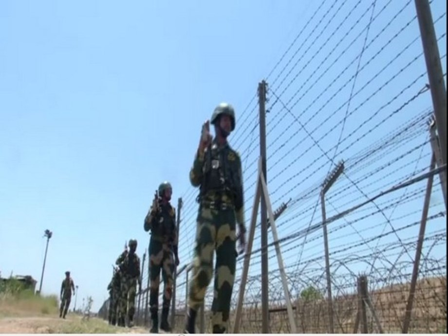 BSF detains 3 B'desh RAB men for entering India without papers