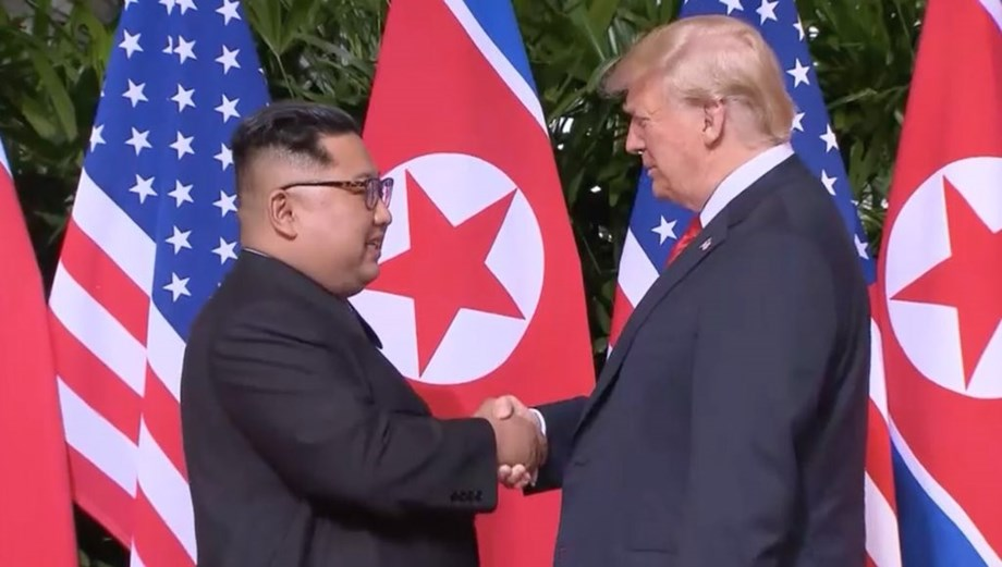 UPDATE 1-Trump says expects announcement of new summit with N. Korea's Kim 'pretty soon'