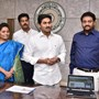 Jagan Reddy launches 'connect to Andhra' web portal