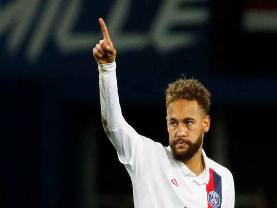 Andy Delort slams Neymar for teasing his opponents