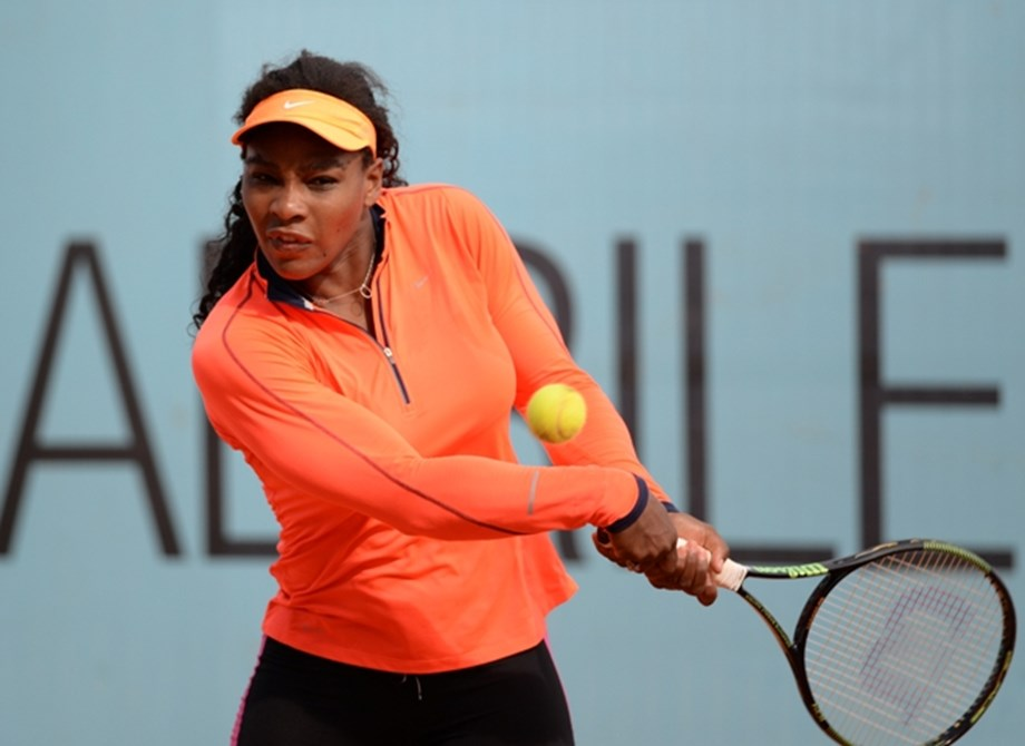UPDATE 2-Tennis-Serena rallies past Bouzkova into Toronto final