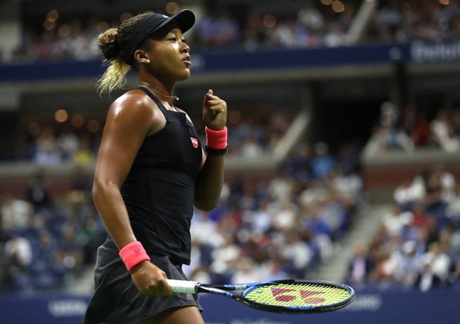 Naomi Osaka shows killer instinct, soft heart in Grand Slam breakthrough