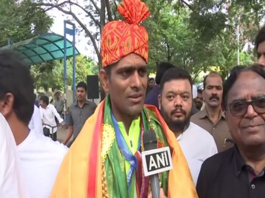 Telangana: Youth Congress organises 'cycle yatra' to support party leader's 'Unity in Diversity' campaign
