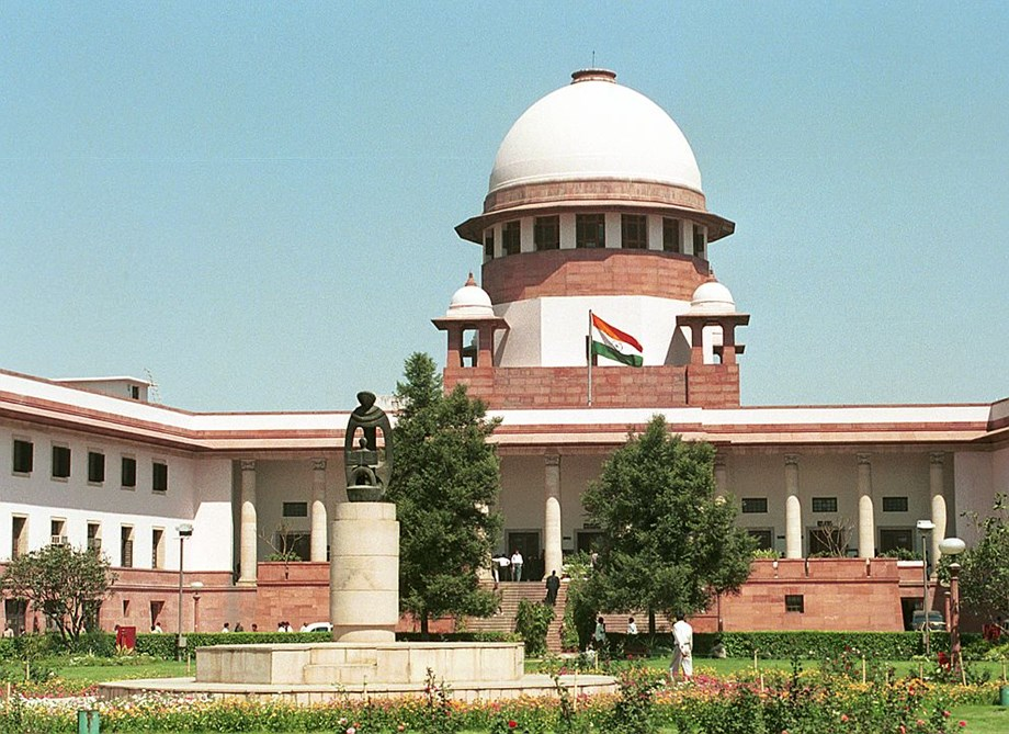 Supreme Court says policeman cannot enter Jagannath temple with weapons and shoes