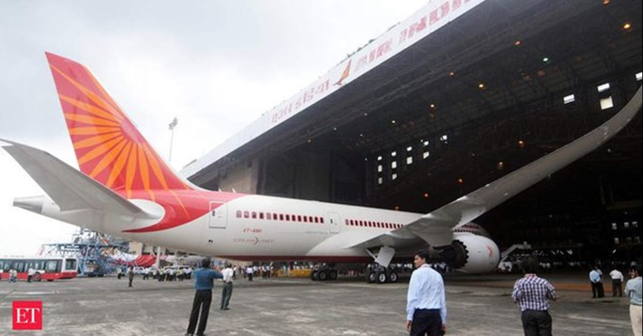 Air India took off from Delhi with 190 people suffered hydraulic leak before landing at JFK Airport