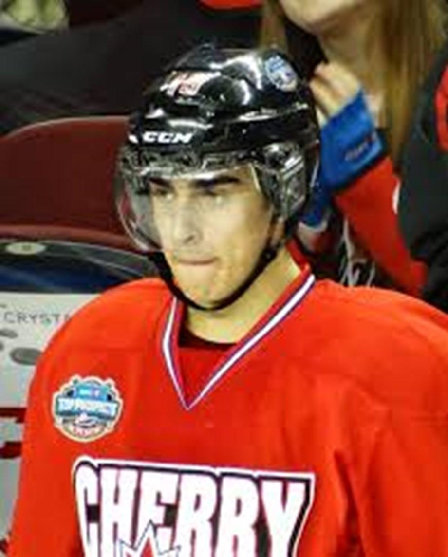 Fabbri's two-goal debut carries Wings past Bruins