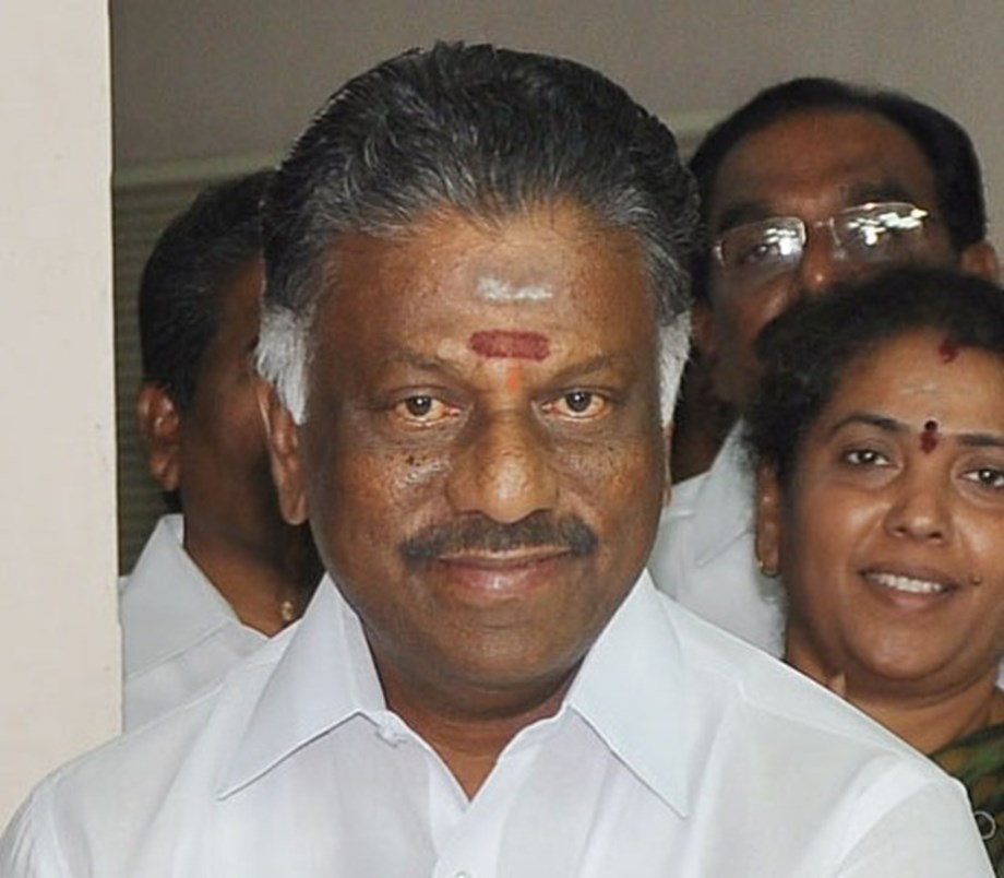 Deputy Chief Minister Mr. O. Panneerselvam Inaugurates the Club House of RMK Chola Gardens