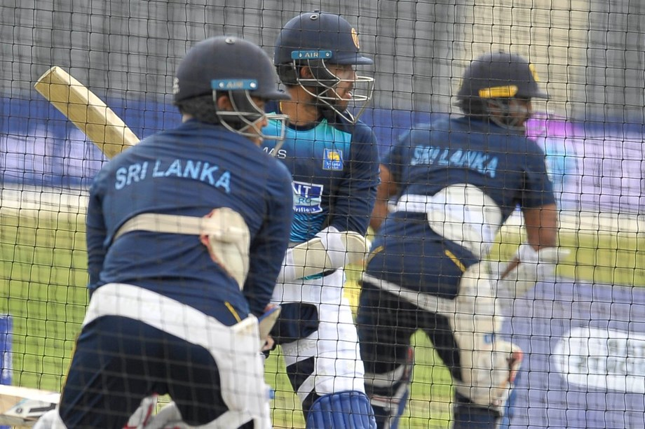 We can beat India and end World Cup on a high: Lanka spinner de Silva