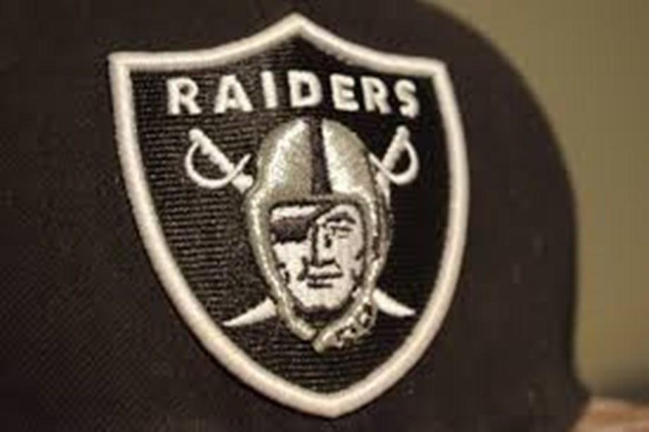 WR-needy Raiders reportedly acquire Bills' Jones