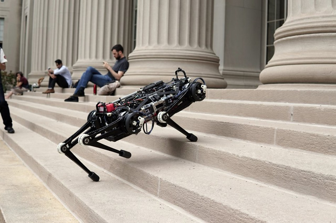 MIT develops robot that can clean house unmonitored