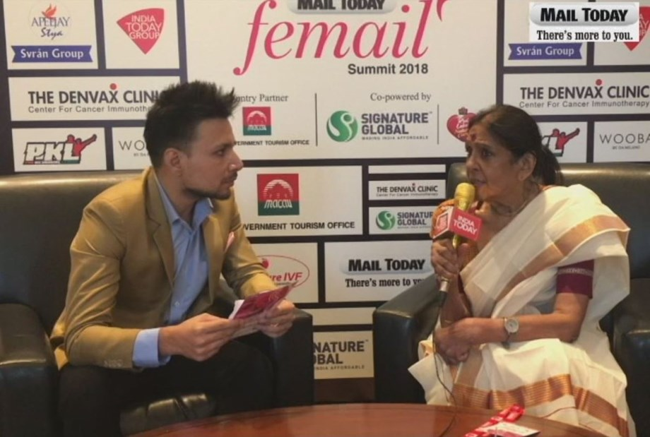 Jaya Jaitly supports traditional craft items rather than machine-made items