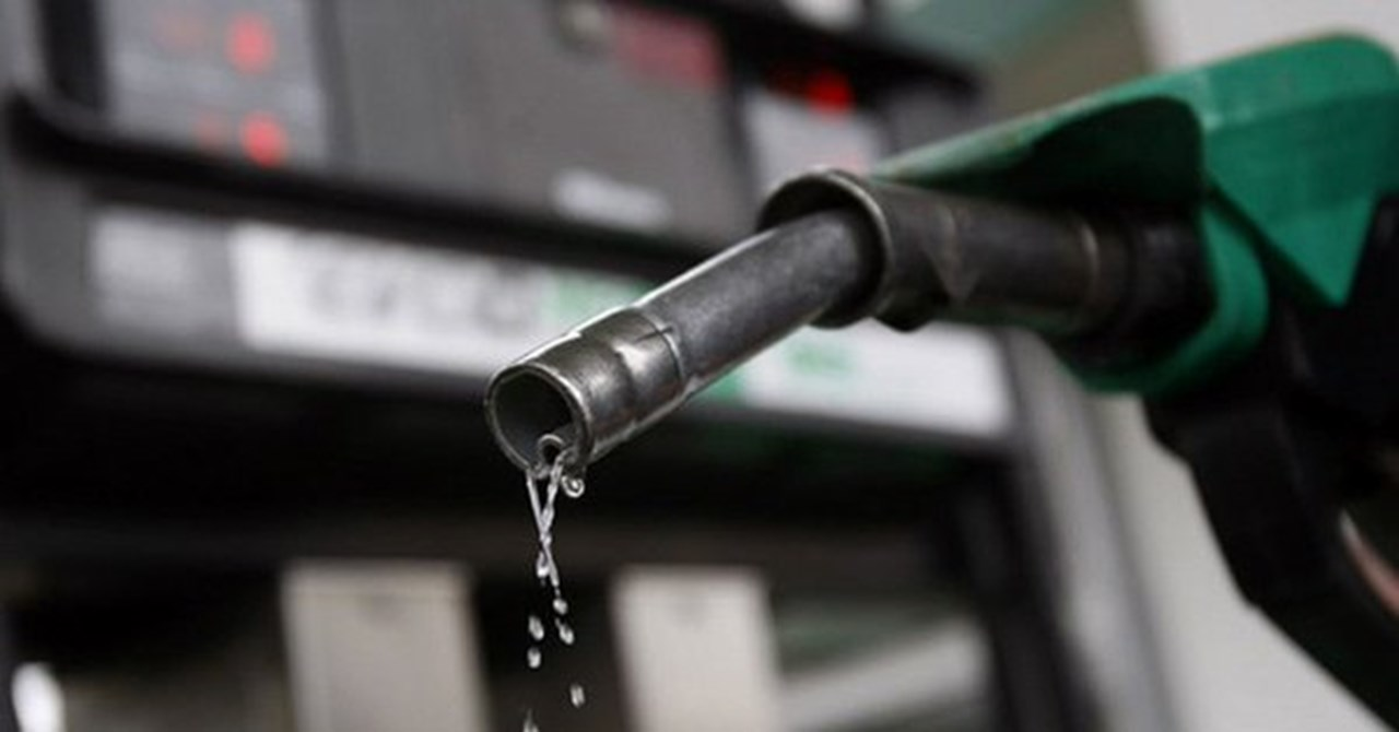 Fuel price breaks new records amid Bharat Bandh by opposition