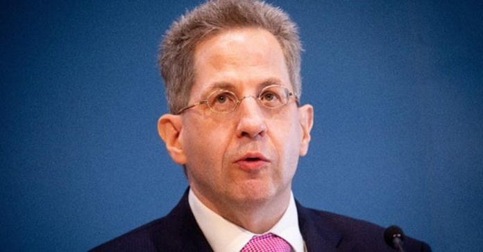 Interior minister casts doubt on allegations by German spy chief