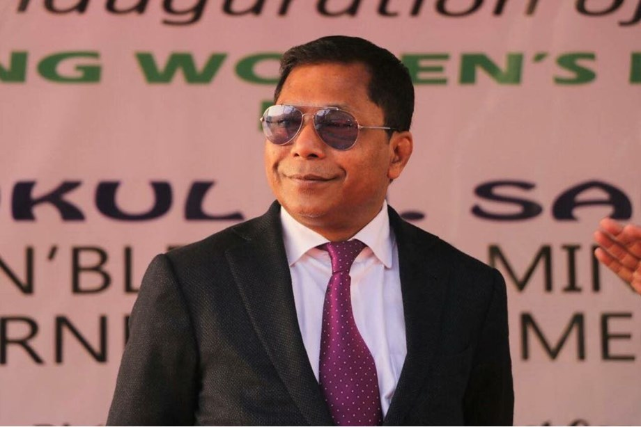 Mukul Sangma vacates official bungalow in Shillong, 6 months after leaving office