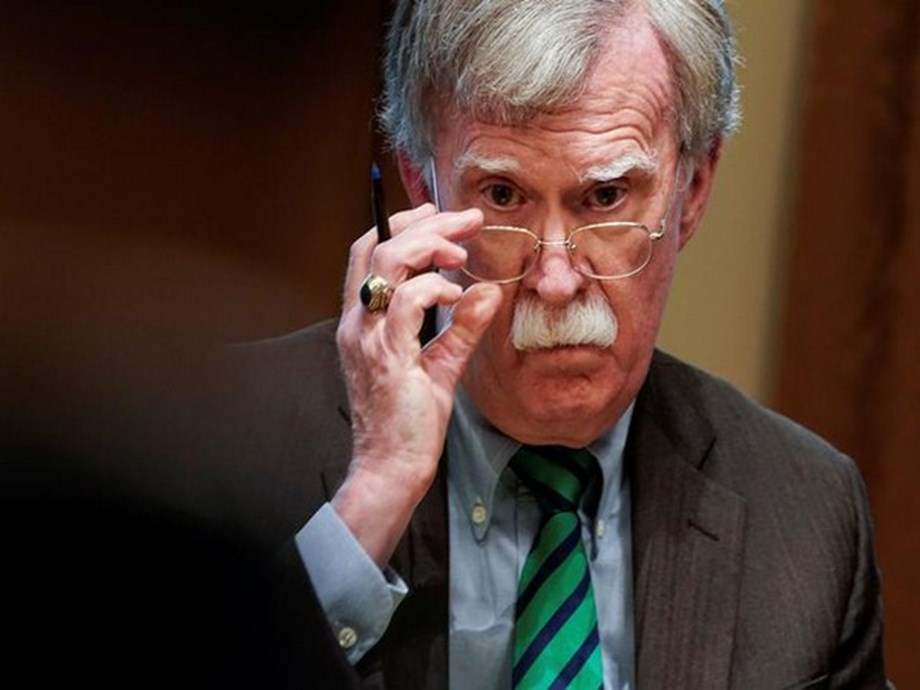 UPDATE 4-Bolton says he is willing to testify in Trump impeachment trial