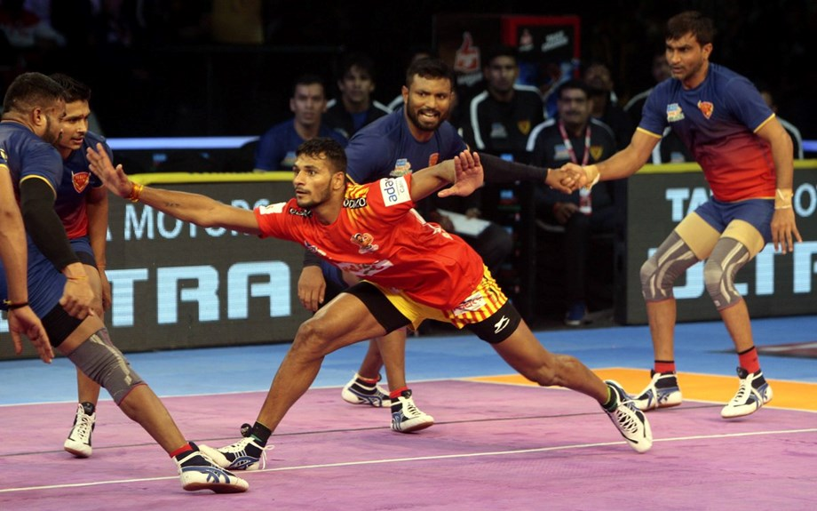Sehrawat to hand hosts Thalaivas their third defeat on trot with superlative 48-37 in one-sided Pro Kabaddi