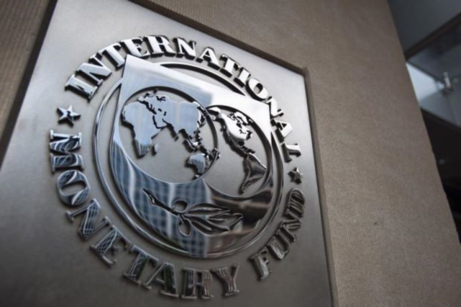 UPDATE 1-Global financial stability risks rising with trade tensions, IMF says