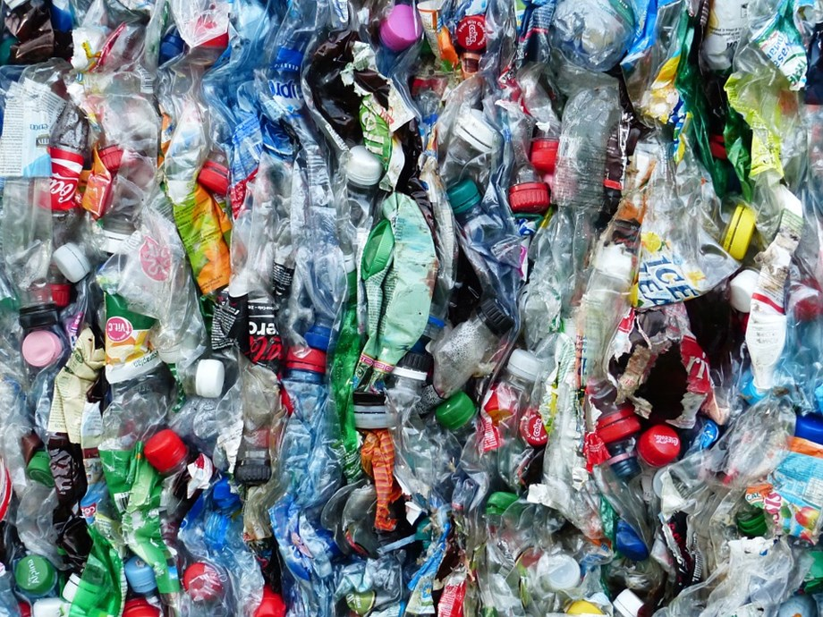 How Africa can benefit from recycling plastic?