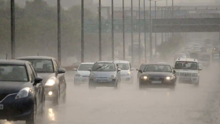 Rains accompanies by hailstorm lashes parts of Punjab and Haryana on Thursday