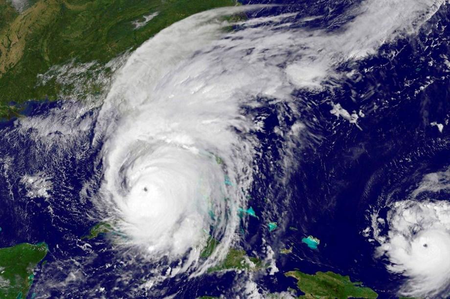 UPDATE 3-Hurricane Michael set to punish Florida's Gulf coast