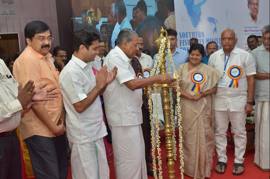 Kerala Chief Minister urges Centre's support to boost deep sea fishing