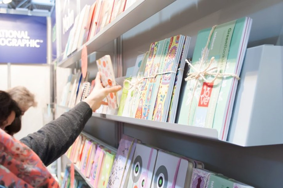 World Book Fair 2019: MBD Group launches Modern's abc+ of Physics