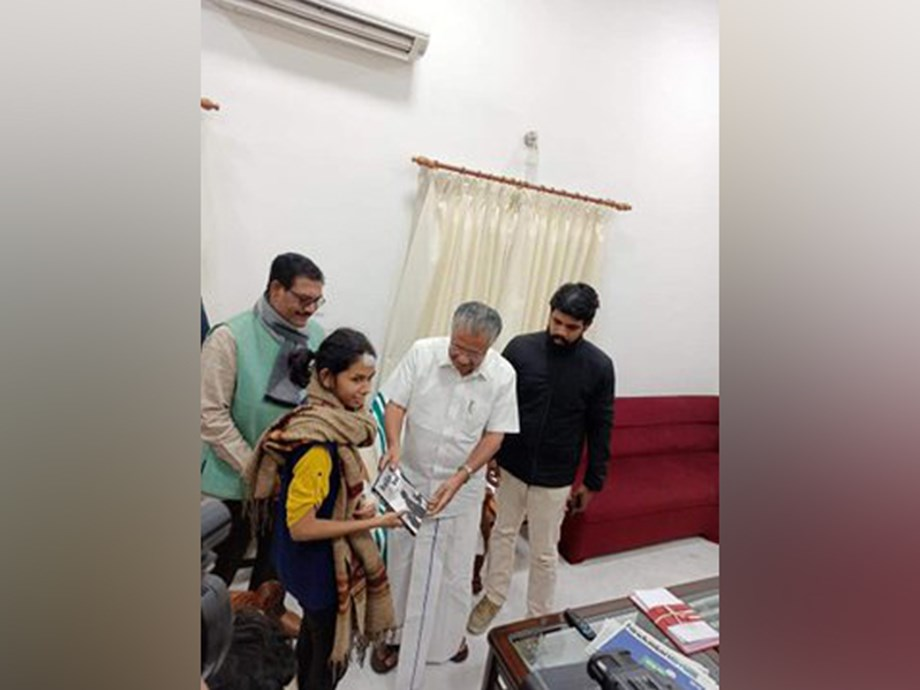 Kerala CM Vijayan meets JNUSU President Aishe Ghosh in New Delhi