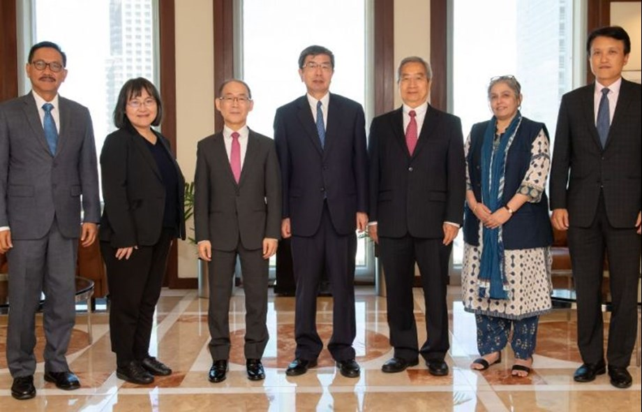 ADB President's Advisory Group discusses IPCC Report on Global Warming
