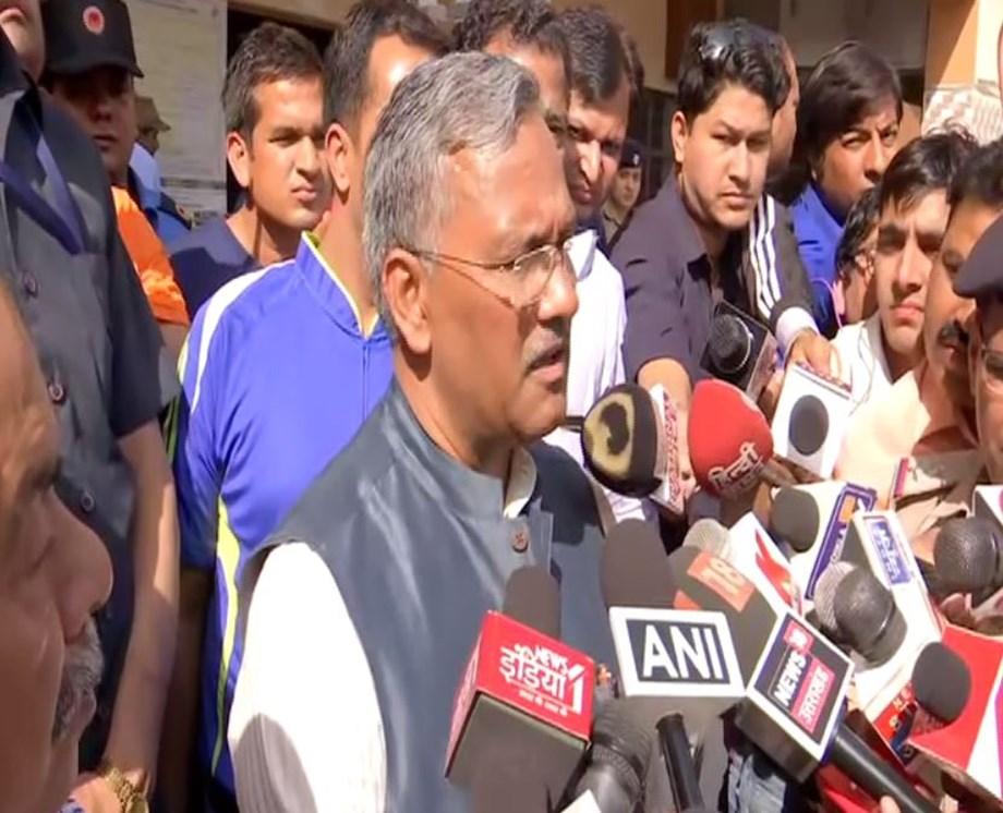 Uttarakhand: CM Trivendra Singh Rawat, Former Harish Rawat cast votes