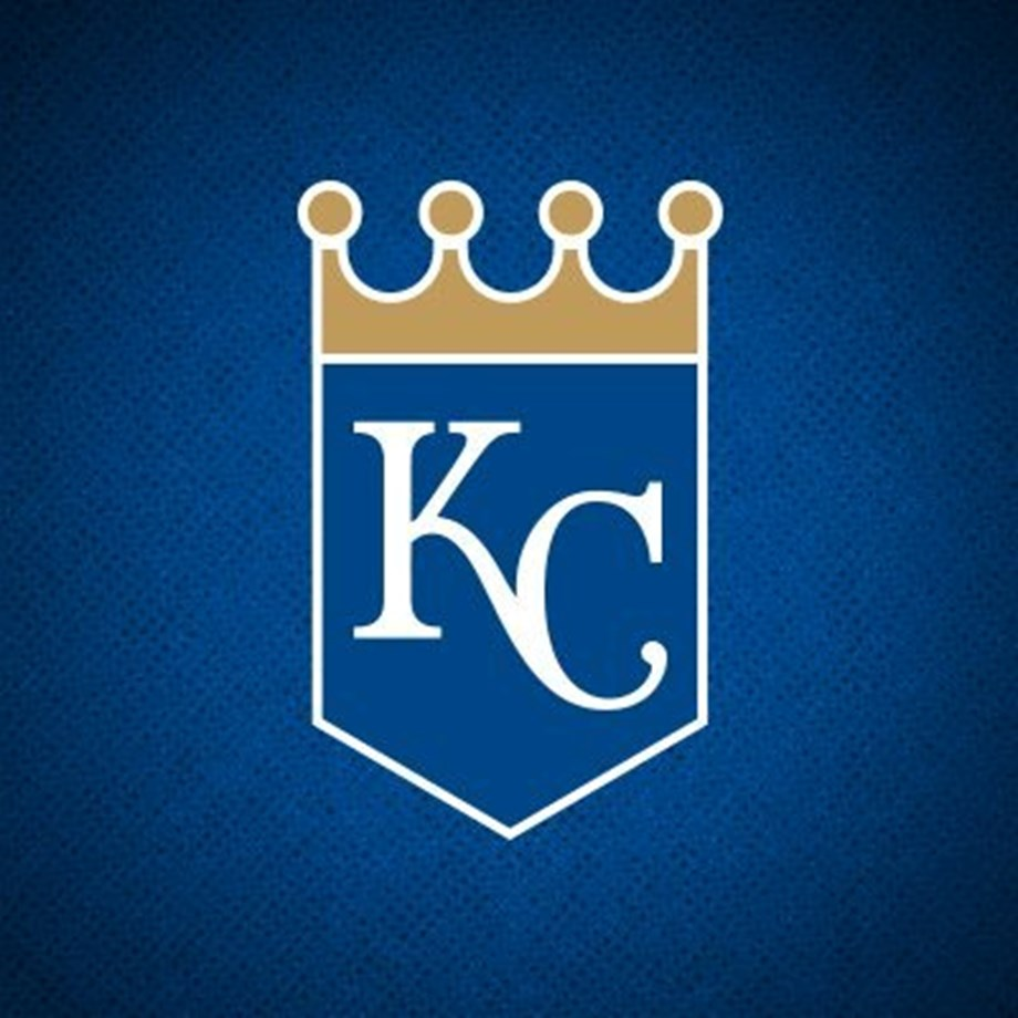 Long balls lift Royals past Tigers