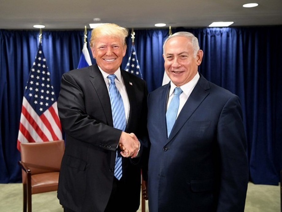 UPDATE 5-Under pressure from Trump, Israel bars visit by two U.S. Democratic lawmakers