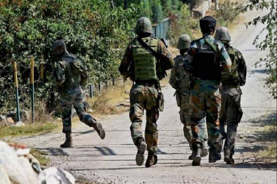 Kashmir: Security forces unearth militant hideout in Shopian