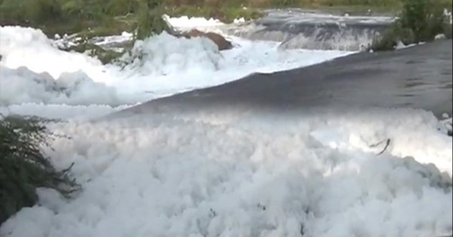 Froth forming in Thirumanimutharu river in last few days, special teams to investigate