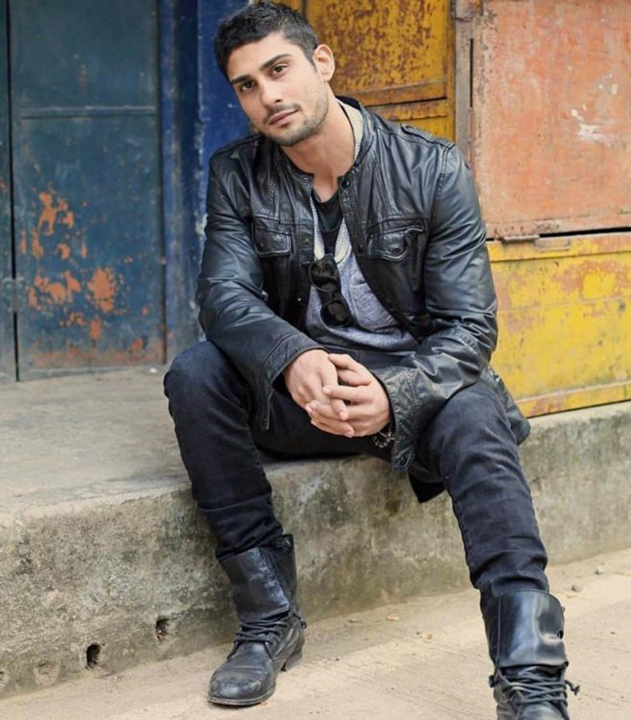 Case against Prateik Babbar after his car hits scooter in Goa