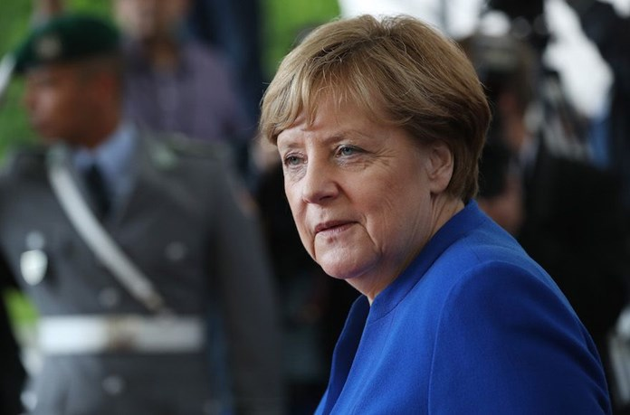 Merkel plane lands early due to electric failure: Air force