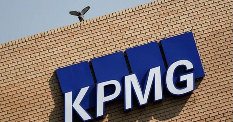 South Africa must seek damages from KPMG over bank graft: Central bank probe