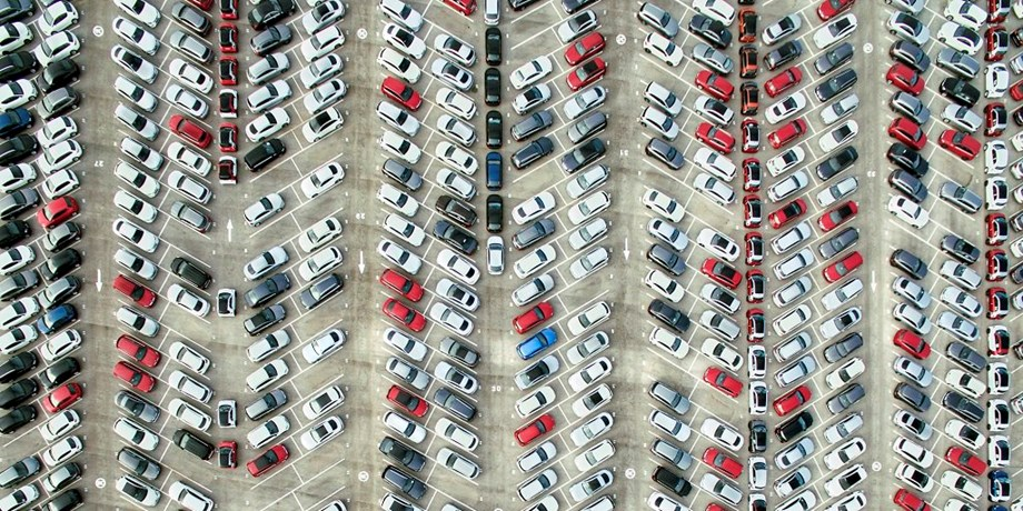 Germany should fine carmakers if they fail to fix dirty diesel vehicles