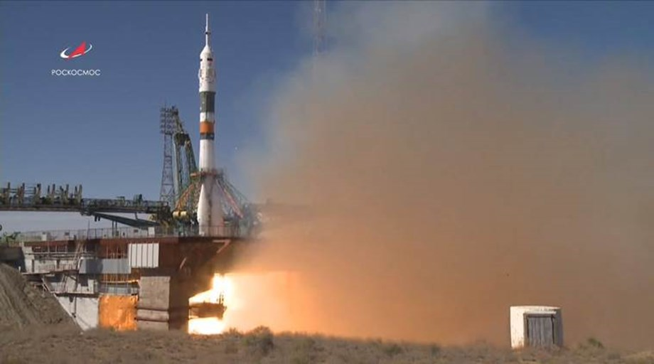 Rocket carrying two astronauts to ISS makes emergency landing; Crew safe