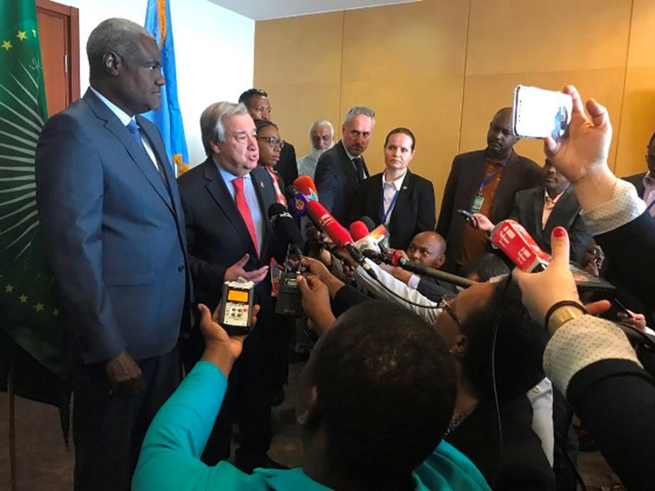 UN chief attends AU summit to focus on issue of refugees, displaced persons