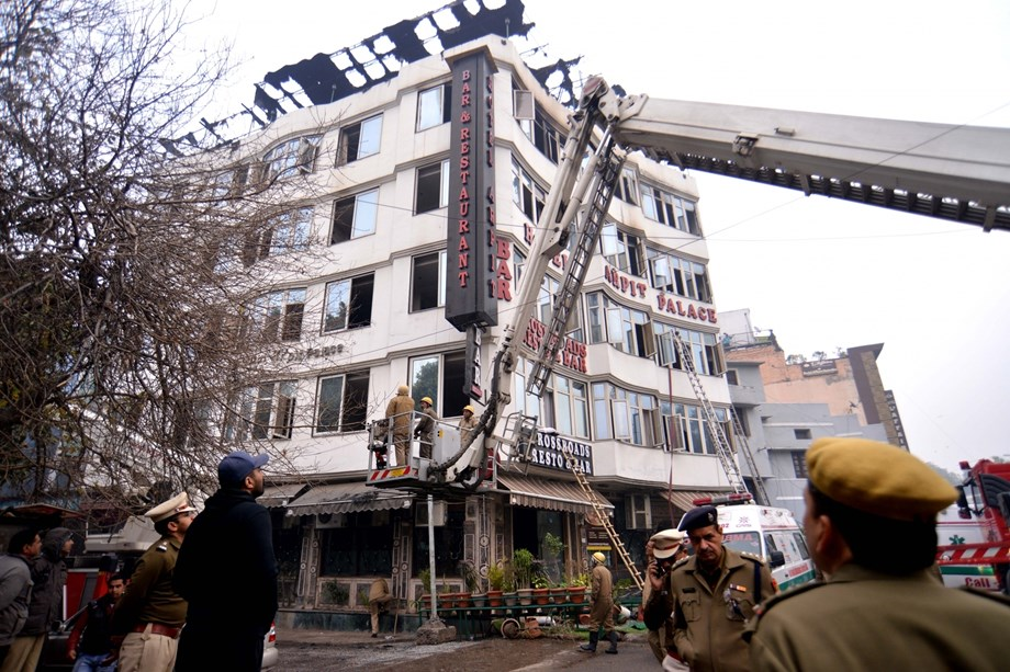 2 men send to two day police custody in links with Delhi hotel fire