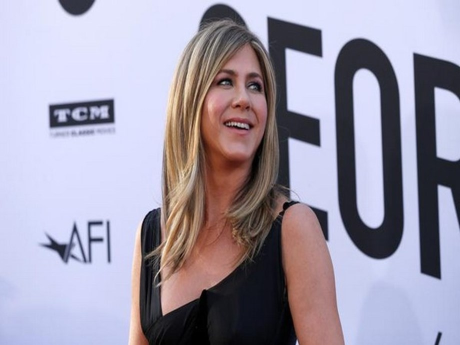 Jennifer Aniston shares Ross, Rachel will 'absolutely' still be together