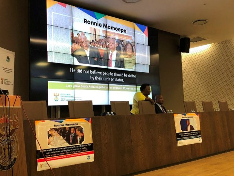 Colleagues share fond memories of Ronnie Mamoepa at unveiling ceremony
