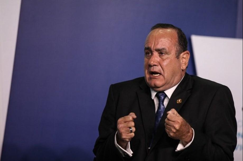 UPDATE 2-Next Guatemala leader seeks better U.S. migrant deal, hindered by split Congress