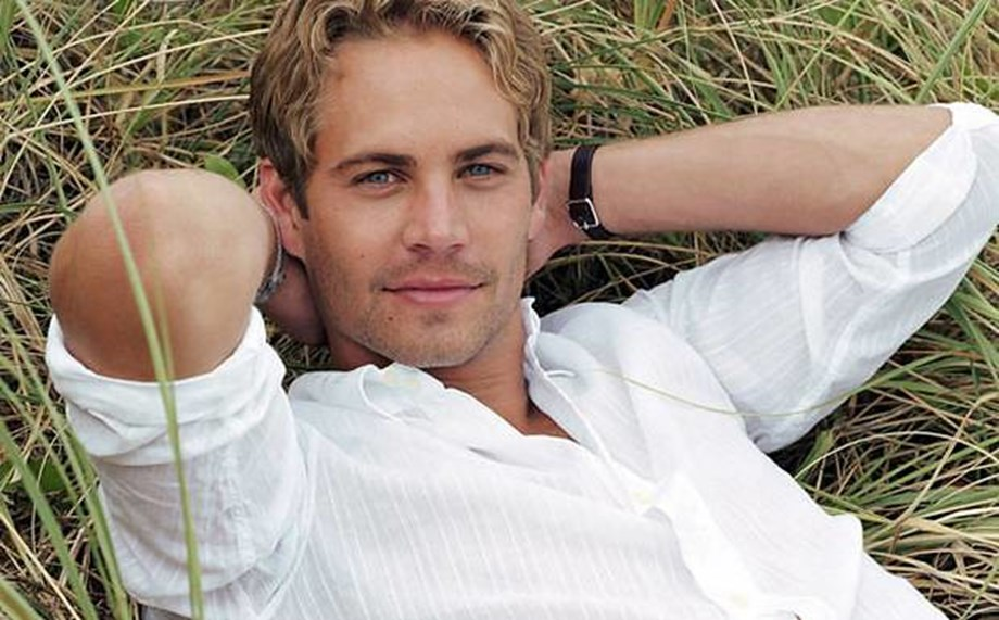 People News Roundup: Late actor Paul Walker's vehicles garner $2.33M at auction