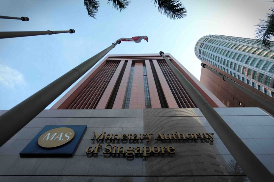 UPDATE 2-Singapore c.bank tightens again with eye on trade risks