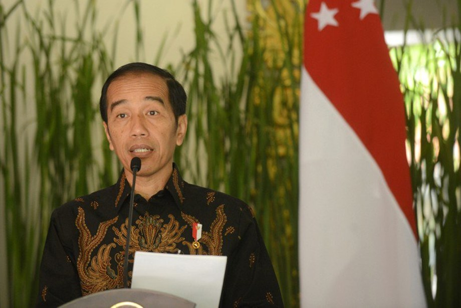 UPDATE 1-'Winter is coming': Indonesia's president sounds warning for global economy