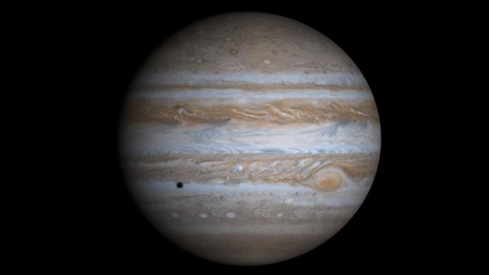 NASA's Juno spacecraft to soon reach halfway point of Jupiter mission