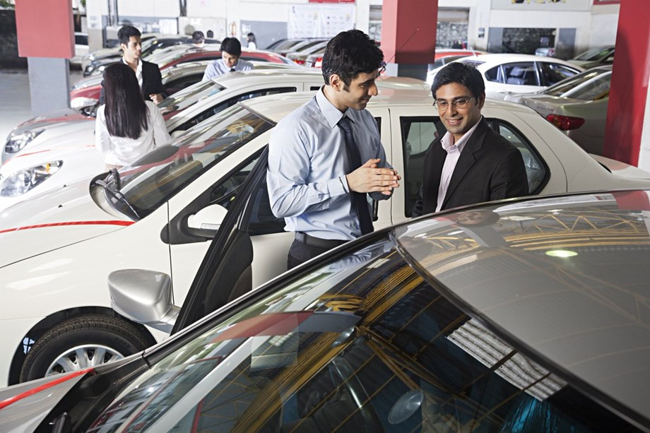 Passenger vehicle sales increase 6.88 pc to 17,44,305 units in first half of current fiscal: SIAM